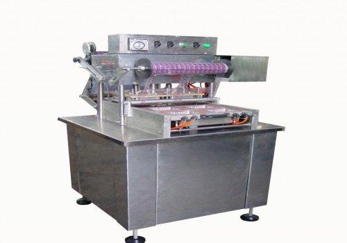 سيل اتوماتيك ظروف شفاف یکبار مصرف  CSL4   چهار قالبه ظروف و محتويات (خشكبار  خرما، پنير ،شكلات، ميو